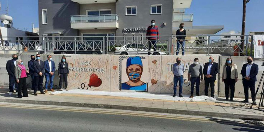 Larnaka sokaklarından sağlık çalışanlarına sanatsal teşekkür