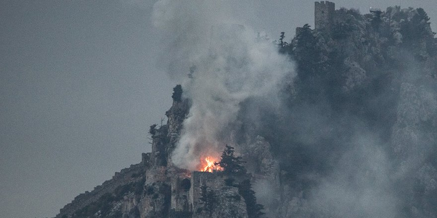 St. Hilarion Kalesi'nde yangın!